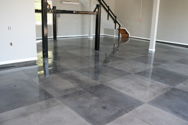 Dayton concrete polishingchecker flag floor dayton for Residential concrete floor wax